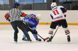 Хоккейный матч «Валдай-2» — ХК «Дружба»